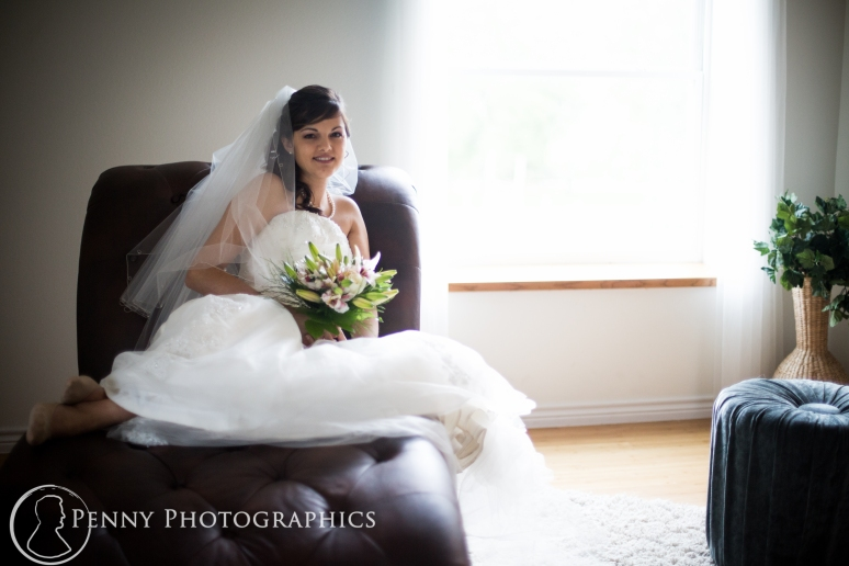 Bridal Portraits at TerrAdorna in Manor TX