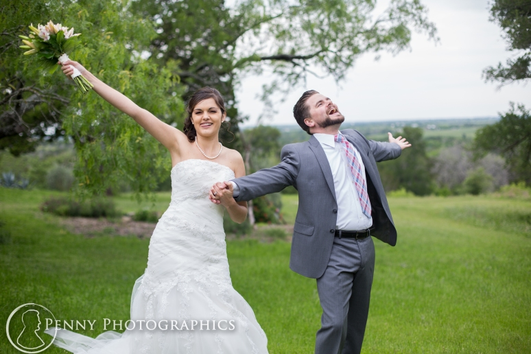Wedding photos funny couple at TerrAdorna in Manor, TX