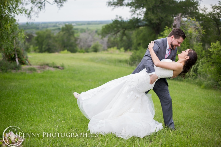 Wedding photos dip at TerrAdorna in Manor, TX
