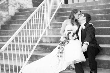 newly weds on church steps