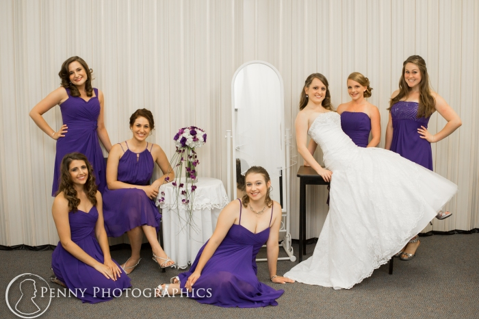 Bridal party posing at Georgetown, TX