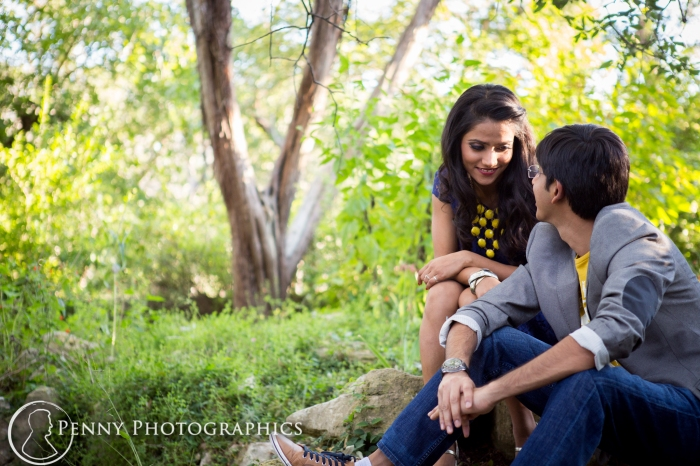 up close photos during outdoor engagement portratis
