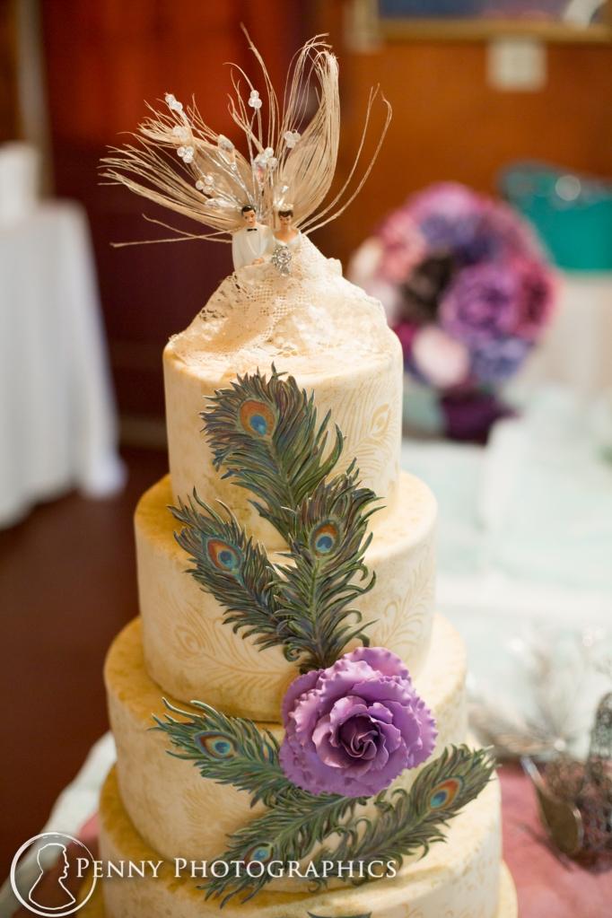 wedding cake peacock theme