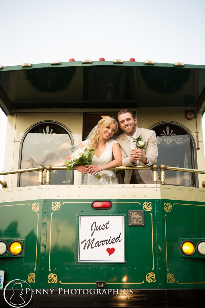 just-married-trolly-minneapolis